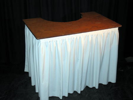 BAR - 6' SKIRTED