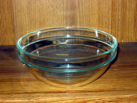 GLASS VEGETABLE BOWL